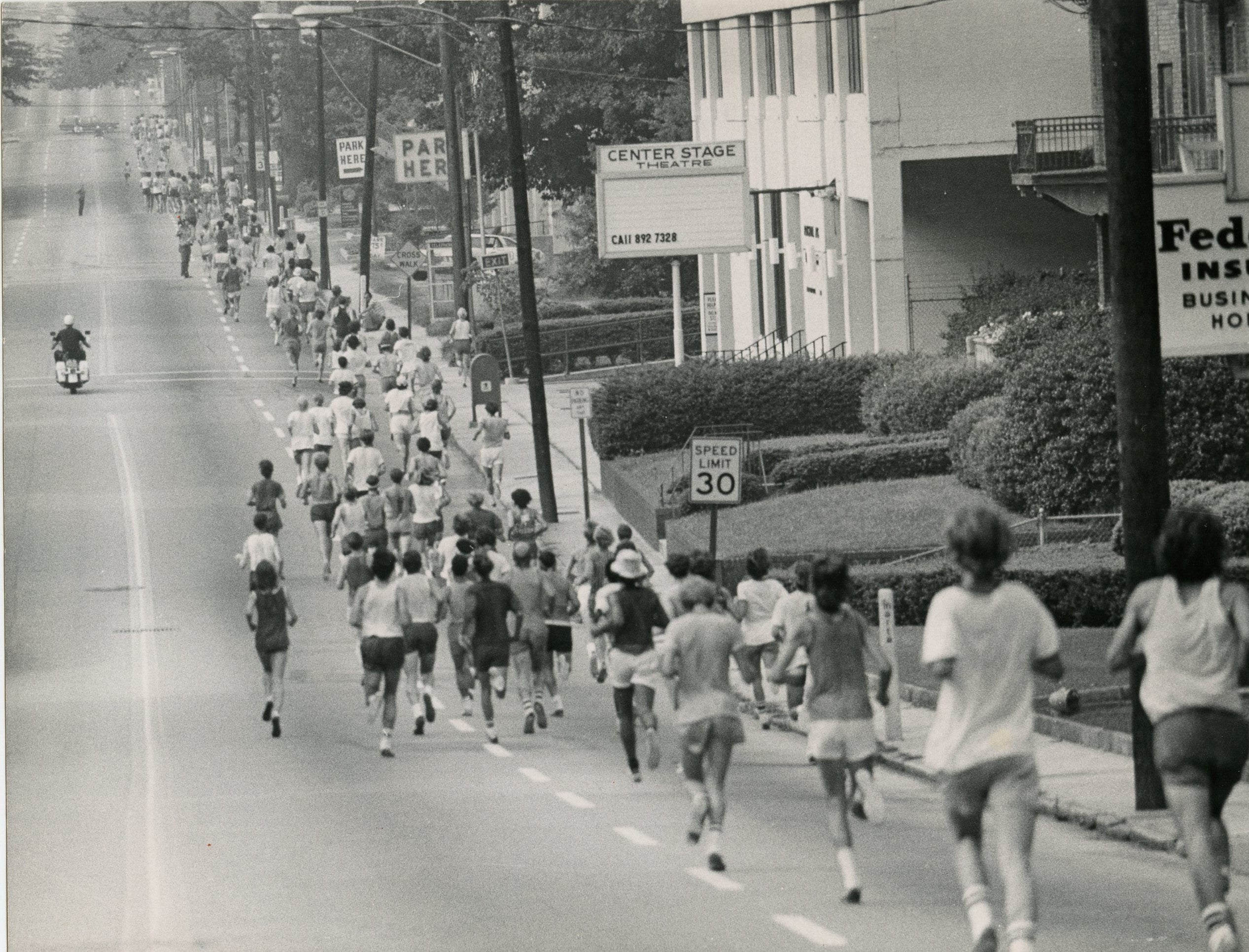 Peachtree Road Race 1975 on old Route 1