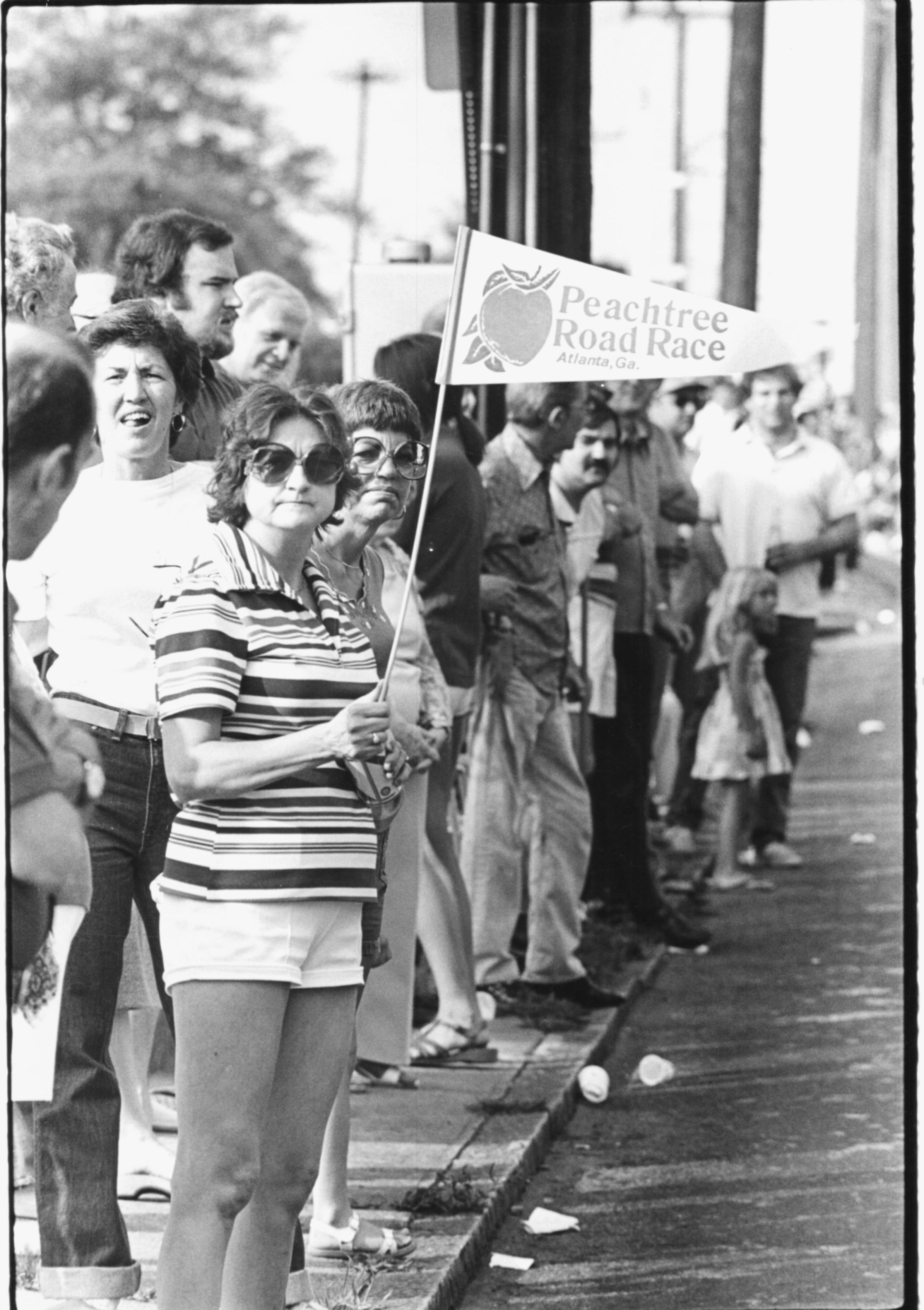 Peachtree Road Race spectators 1978