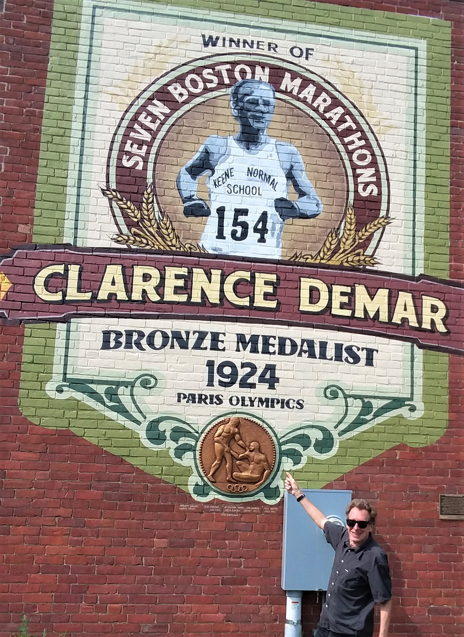 Bill Rodgers at Clarence DeMar mural