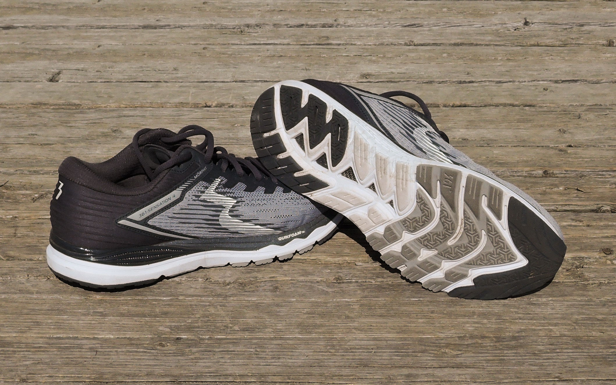 361 Fantom Trail Running Shoes In Black and White