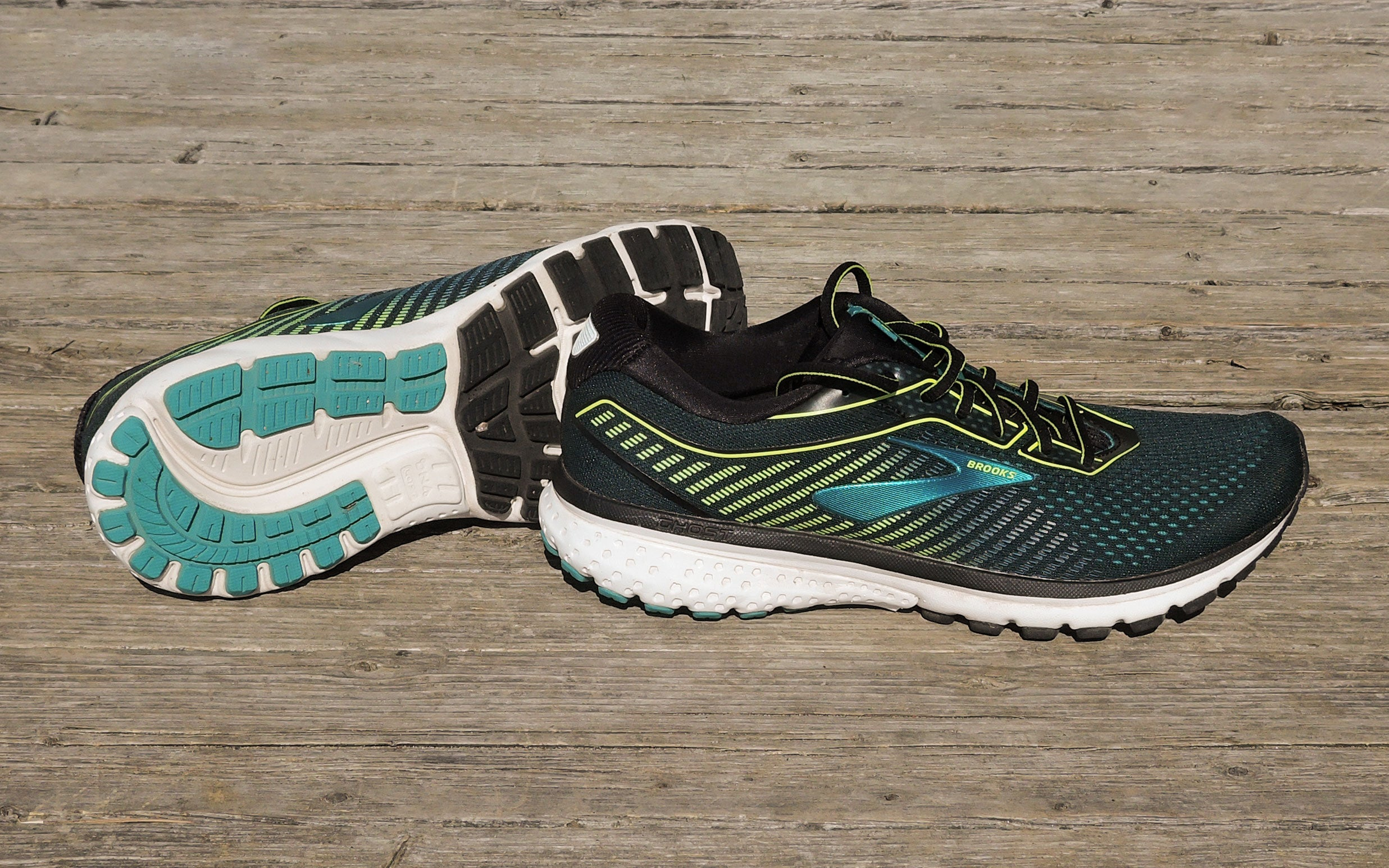brooks Ghost trail running shoes with cushioning