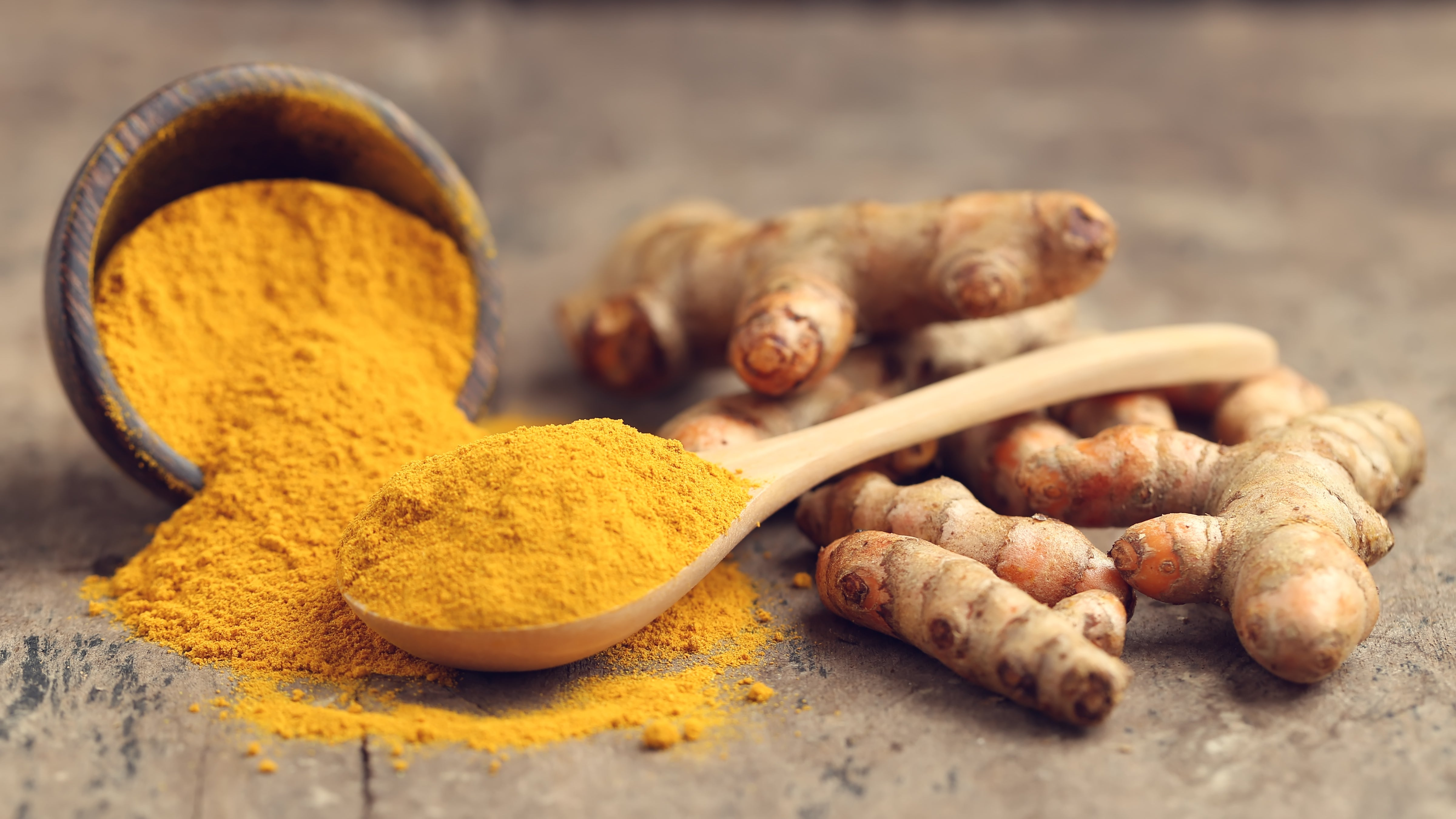 natural pain relief, home remedy for pain relief, turmeric as a natural remedy