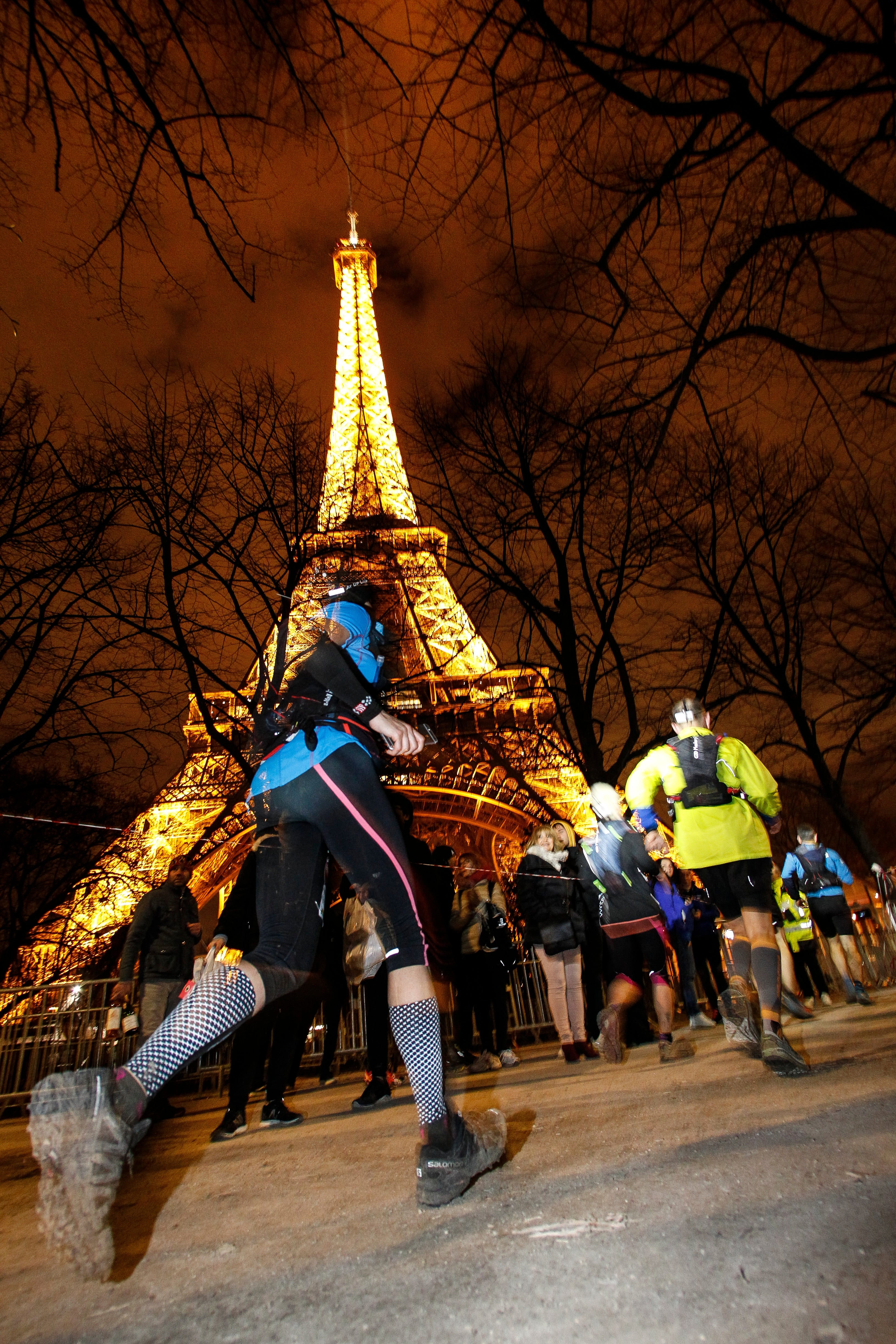 EcoTrail Paris 2019 approaching the Eiffel Tower finish