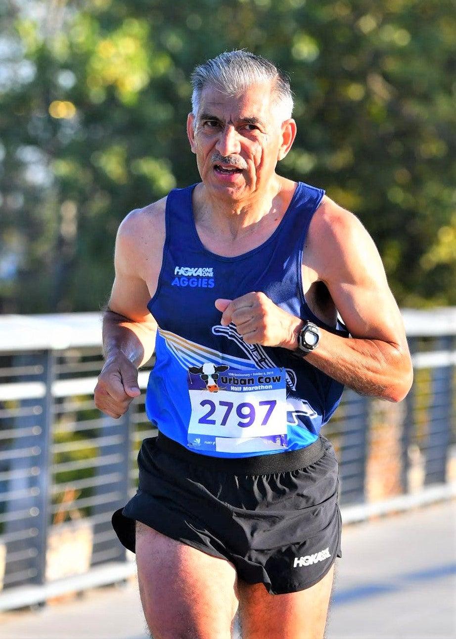 Antonio Arreola going for 6 Decades sub 3