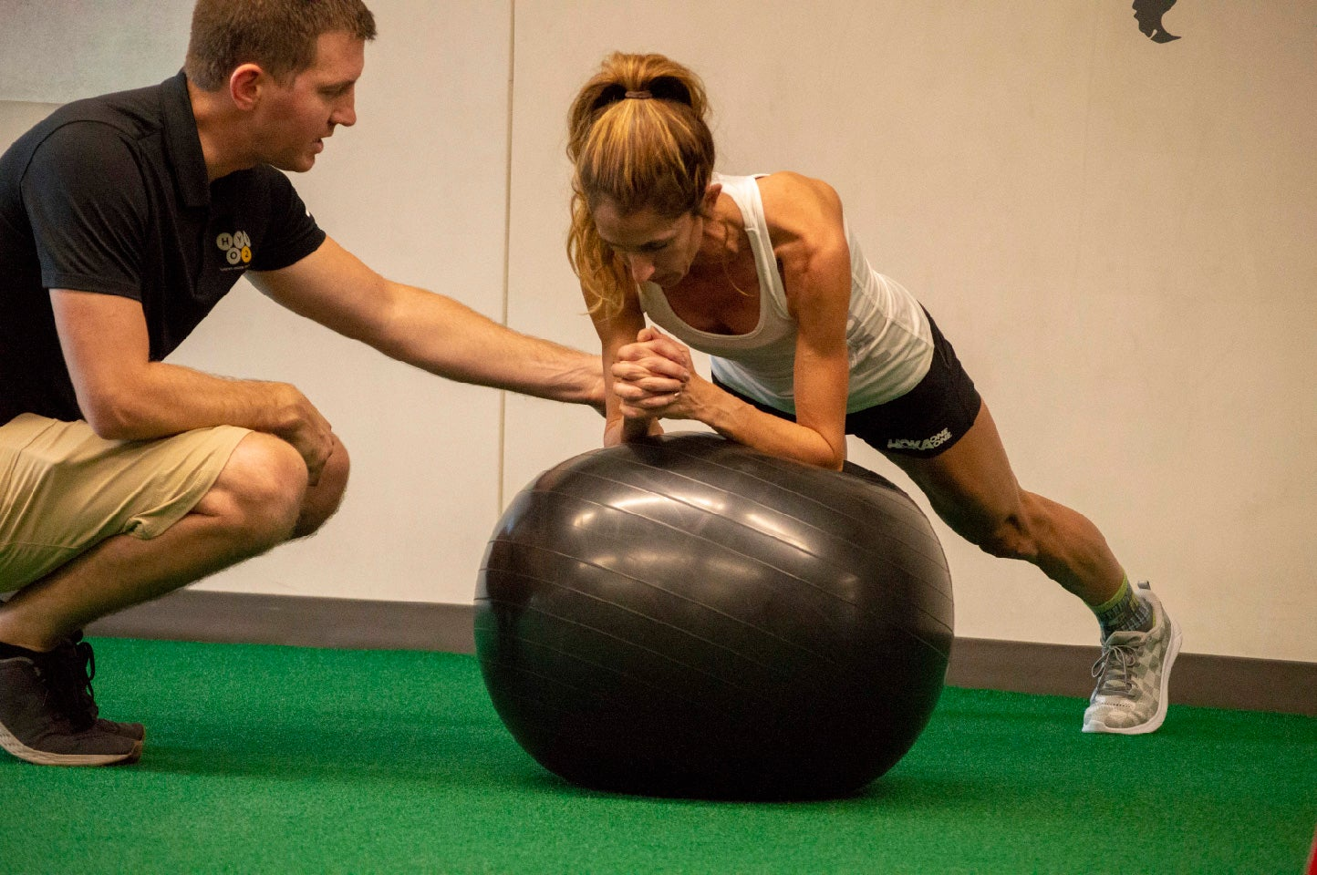 Working out at Hypo2Sport corrective exercises