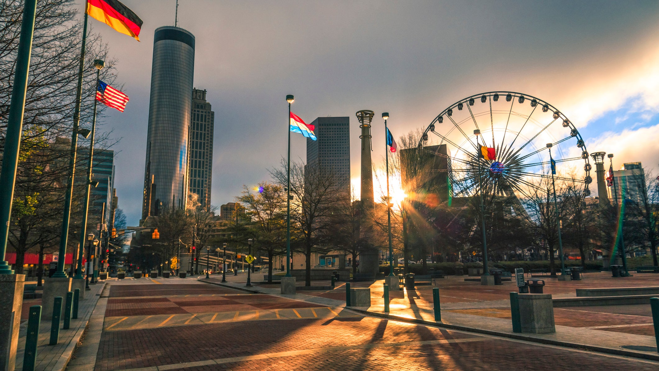 The Centennial Park in Atlanta, at sunrise, is a great run
