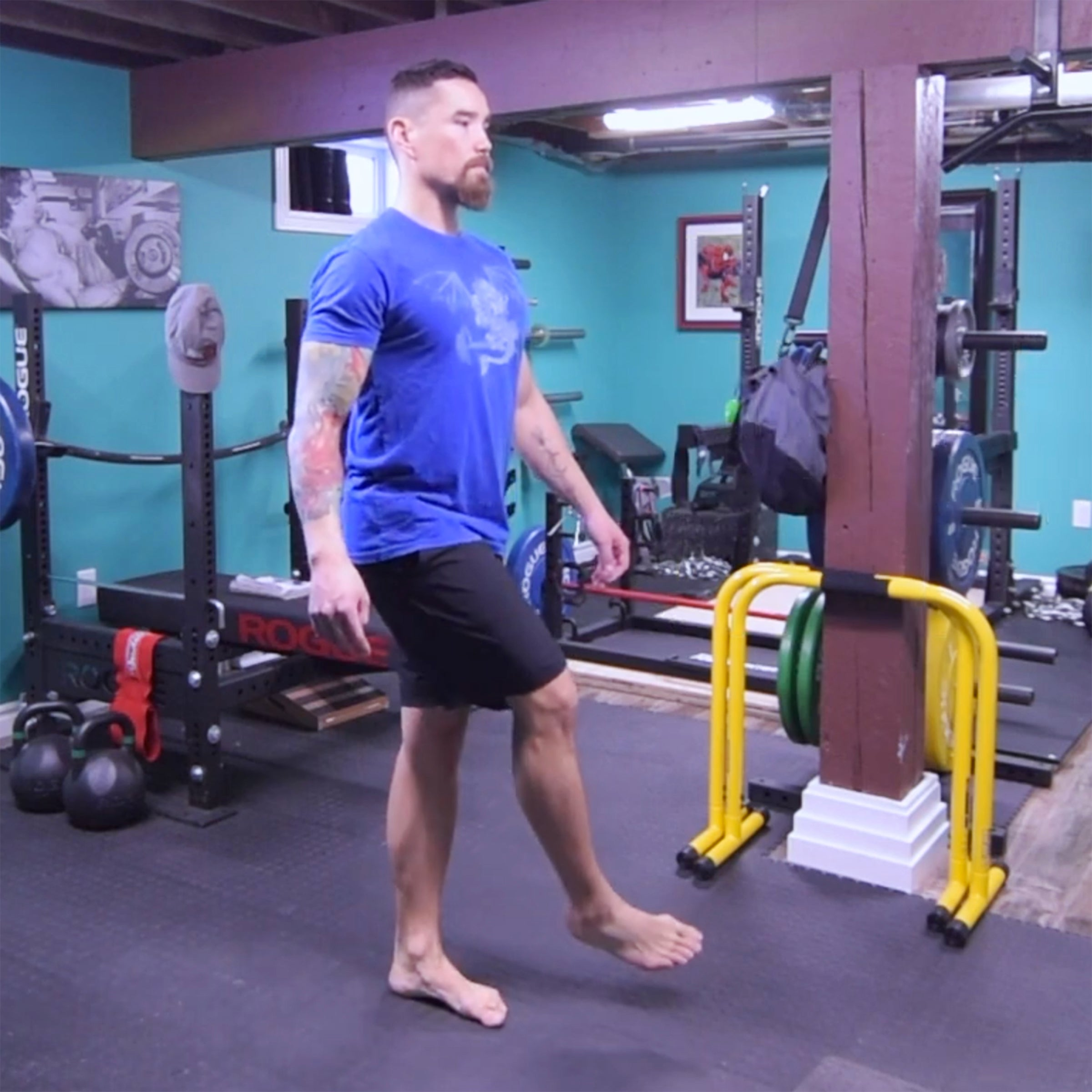 side to side leg swings for glute medius