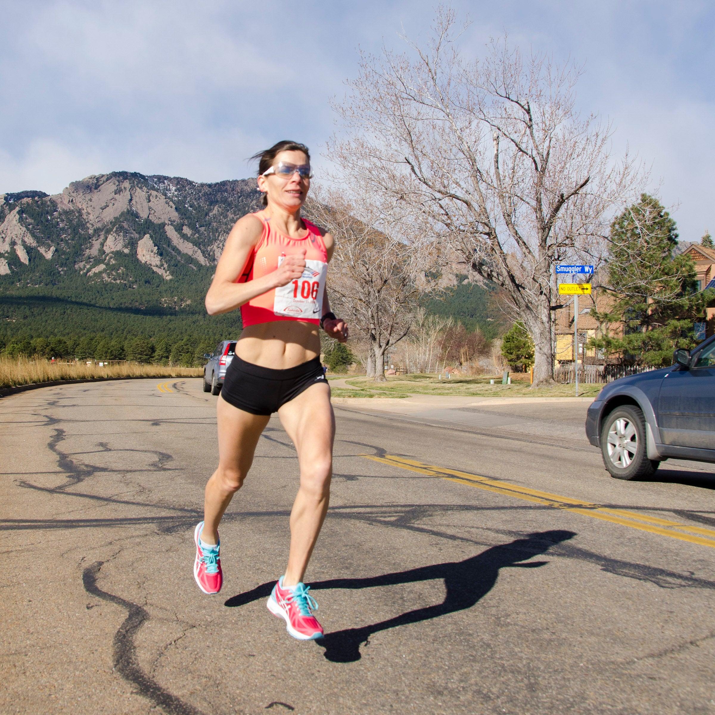 running alongside traffic in virtual race