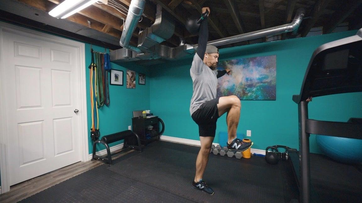 revlunge3 Entrenamiento dinámico de fuerza con pesas rusas de 5 ejercicios para corredores de pista
