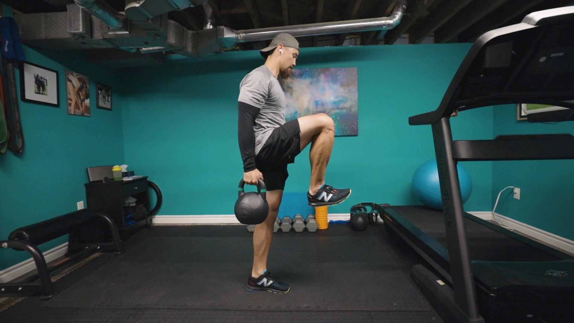 romdead4 Entrenamiento dinámico de fuerza con pesas rusas de 5 ejercicios para corredores de pista