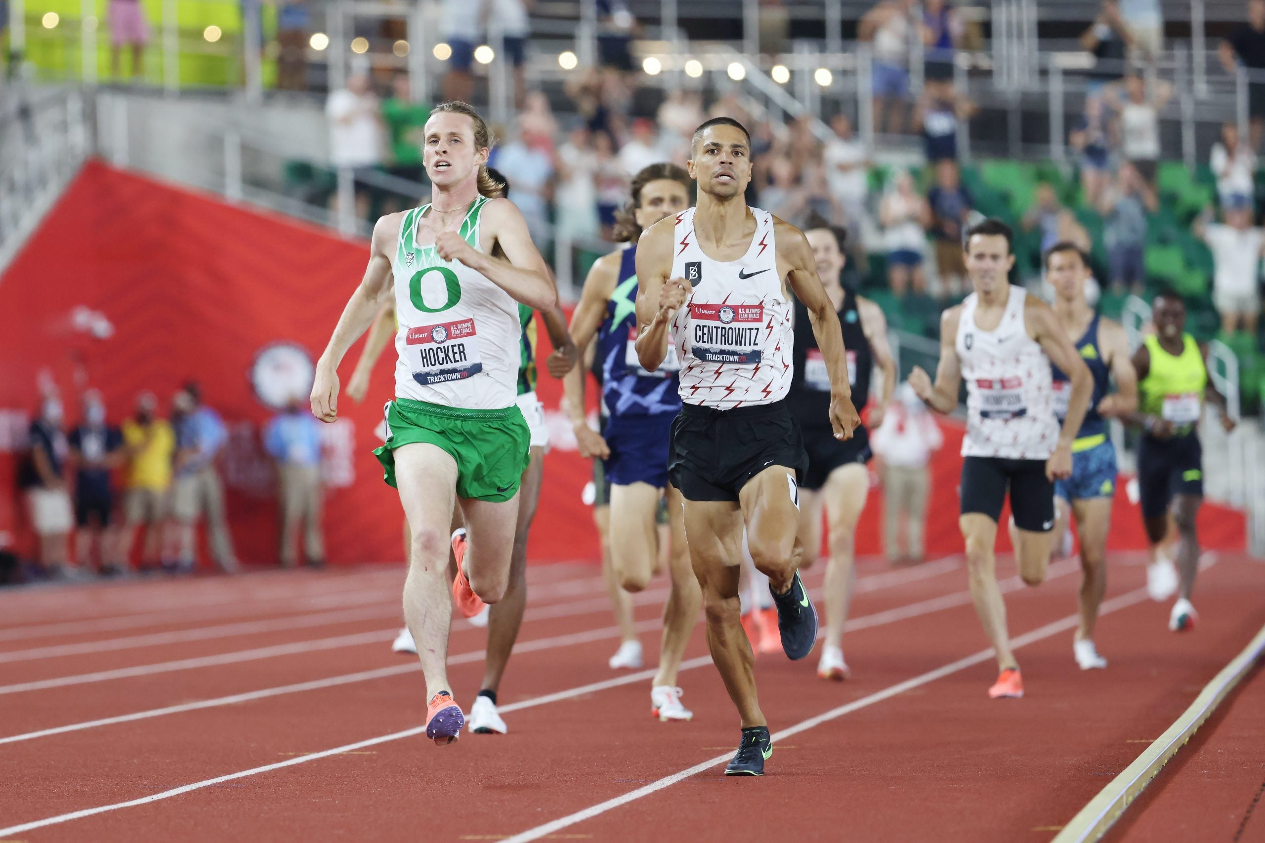 Men running on track in 1500 final in 2020 Trials.